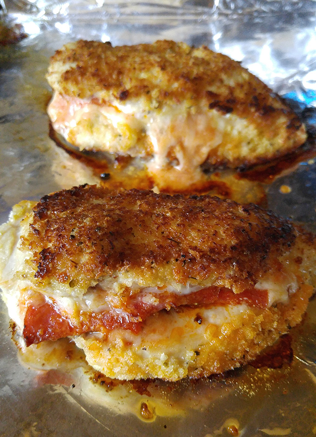 How To Make Pizza Stuffed Chicken Breasts