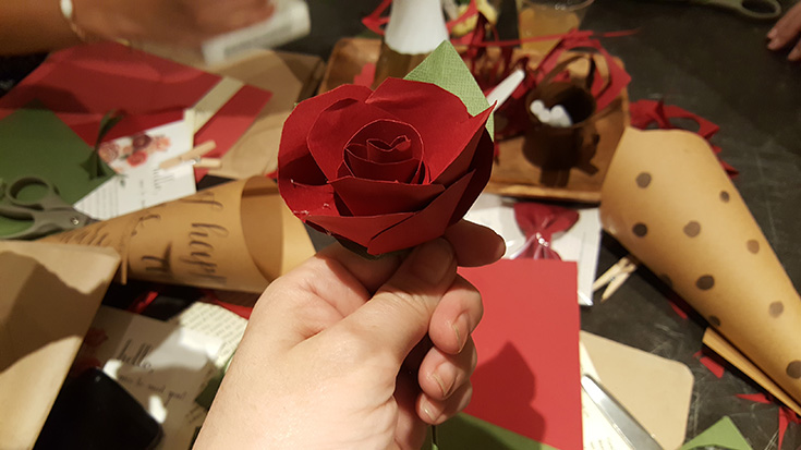 Making Red Paper Roses