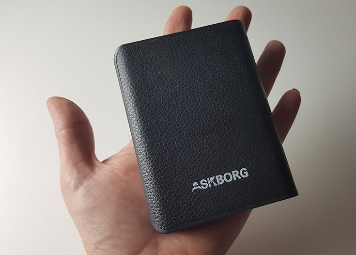 Askborg ChargeCube Powerbank External Battery Charger Giveaway