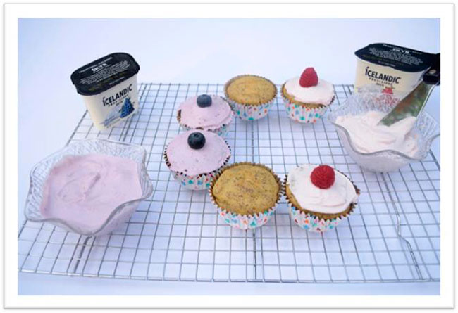 Vanilla Cupcakes with Skyr Icing Recipe