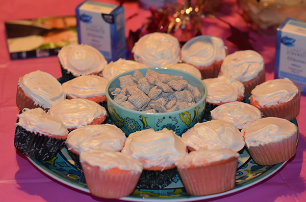 Pink Cupcakes Platter