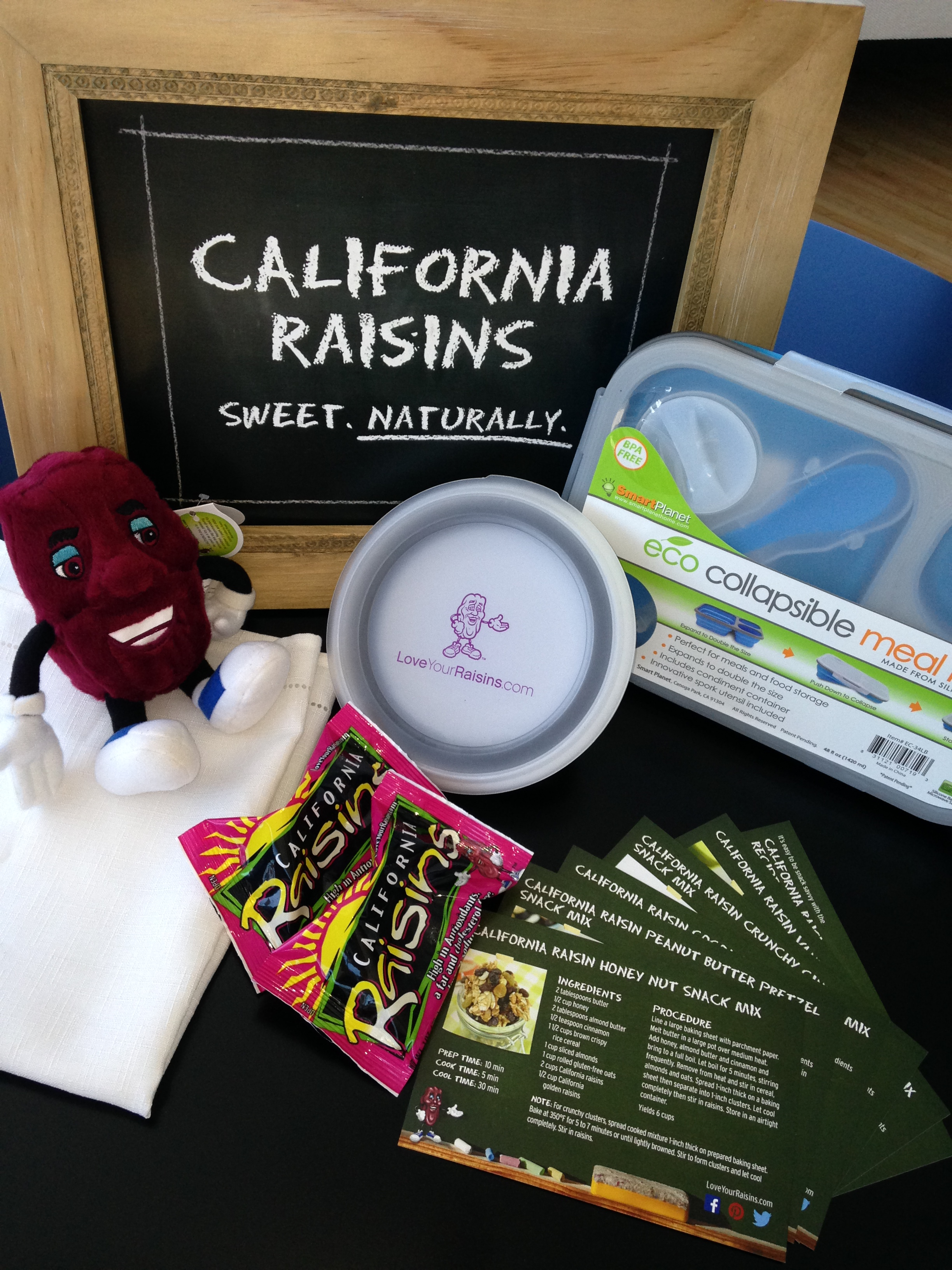 California Raisins Prize Pack