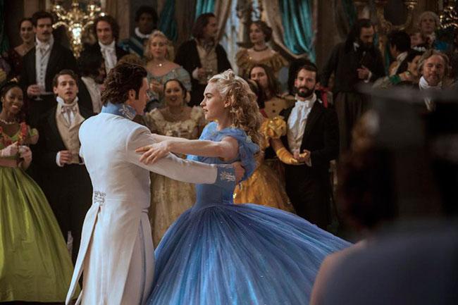 cinderella-prince-dancing