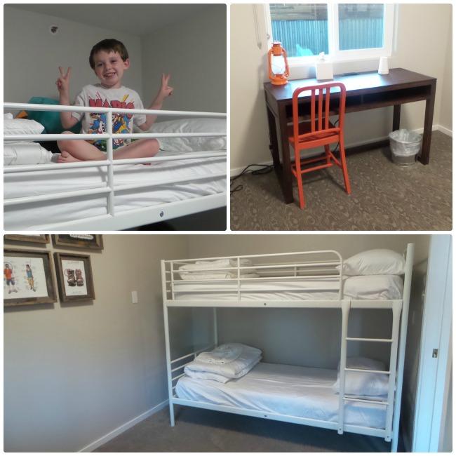 Basecamp Hotel - Bunk Beds & Desk