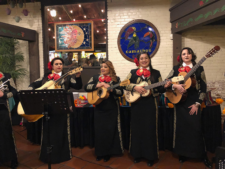 Mexican Mariachi Band - El Paseo Inn