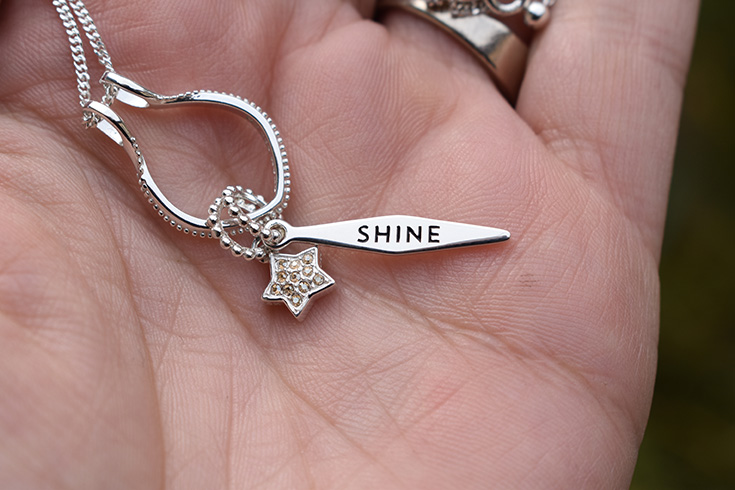 """Chamilia """"Petite Golden Star"""" & """"Shine"""" Charms"""