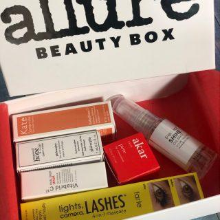 Allure Beauty Box - January 2020