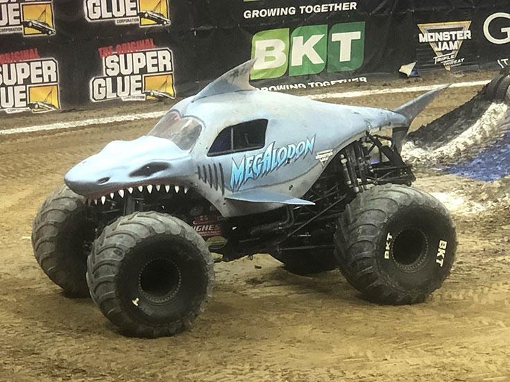 Megalodon Monster Truck - Monster Jam Sacramento 2020