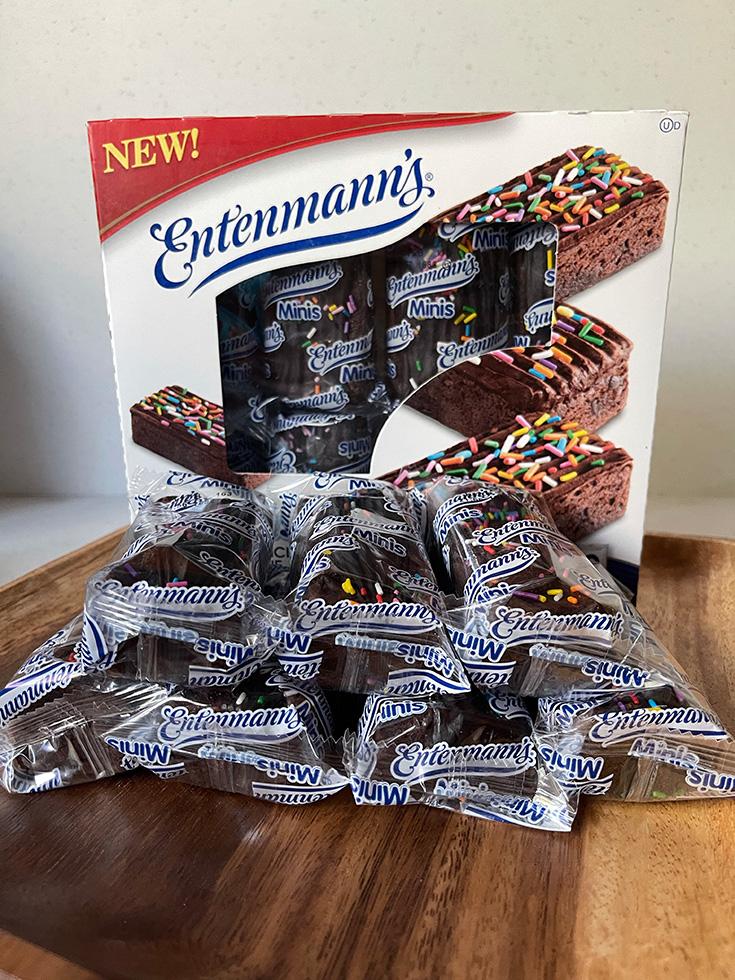Entenmann's® Minis Sprinkled Iced Brownies
