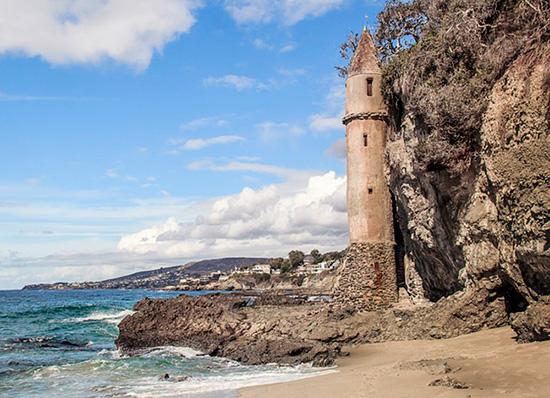 Castle - La Tour - Laguna Beach