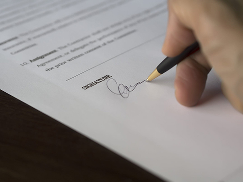 Why Entrepreneurs Need A Contract Before Starting Any Work