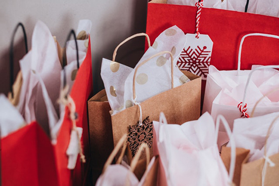 3 Ways To Save When Shopping For Holiday Gifts